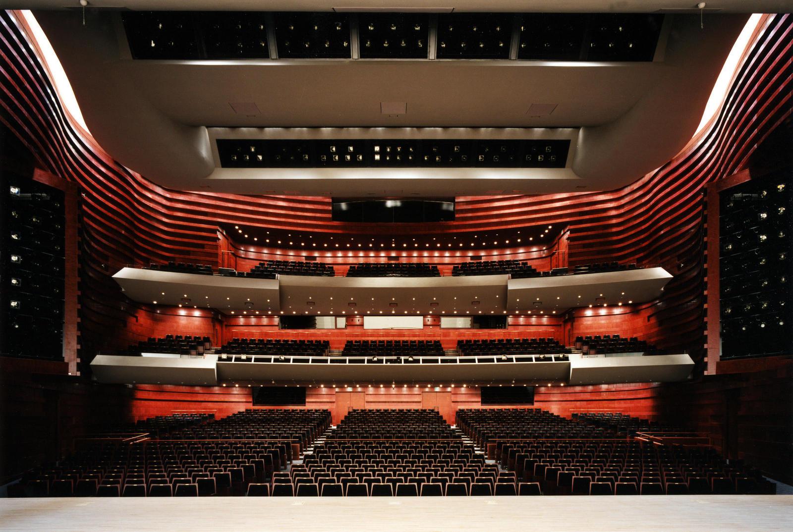 劇場 ホール 大 芸術 北九州